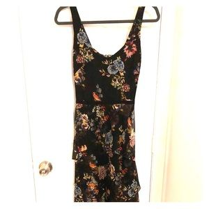Slate & Willow floral dress, size 2